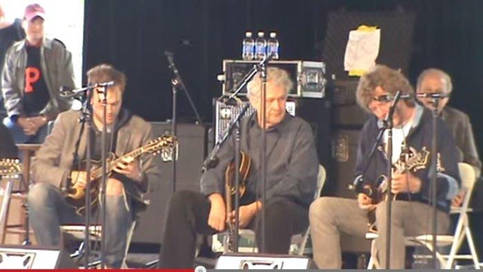 Chris Thile- Sam Bush - Brillancy- Merlefest 2012.mpg - YouTube.clipular