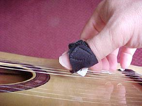 mandolin pick for injured sharktooth pick