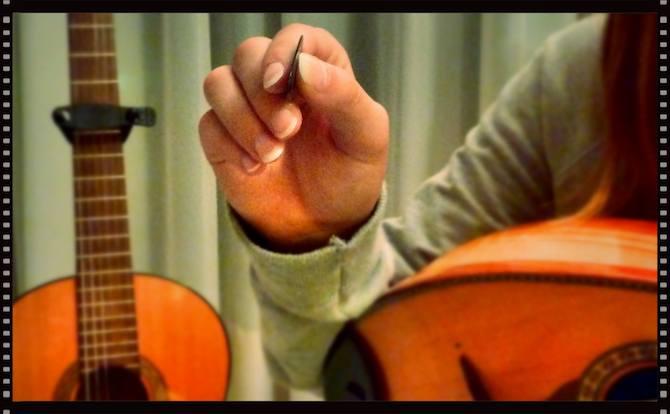 Mandolin Basics - Holding a pick