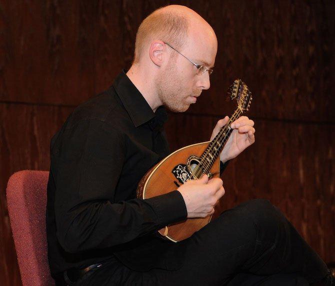 Ralf Leenen Playing